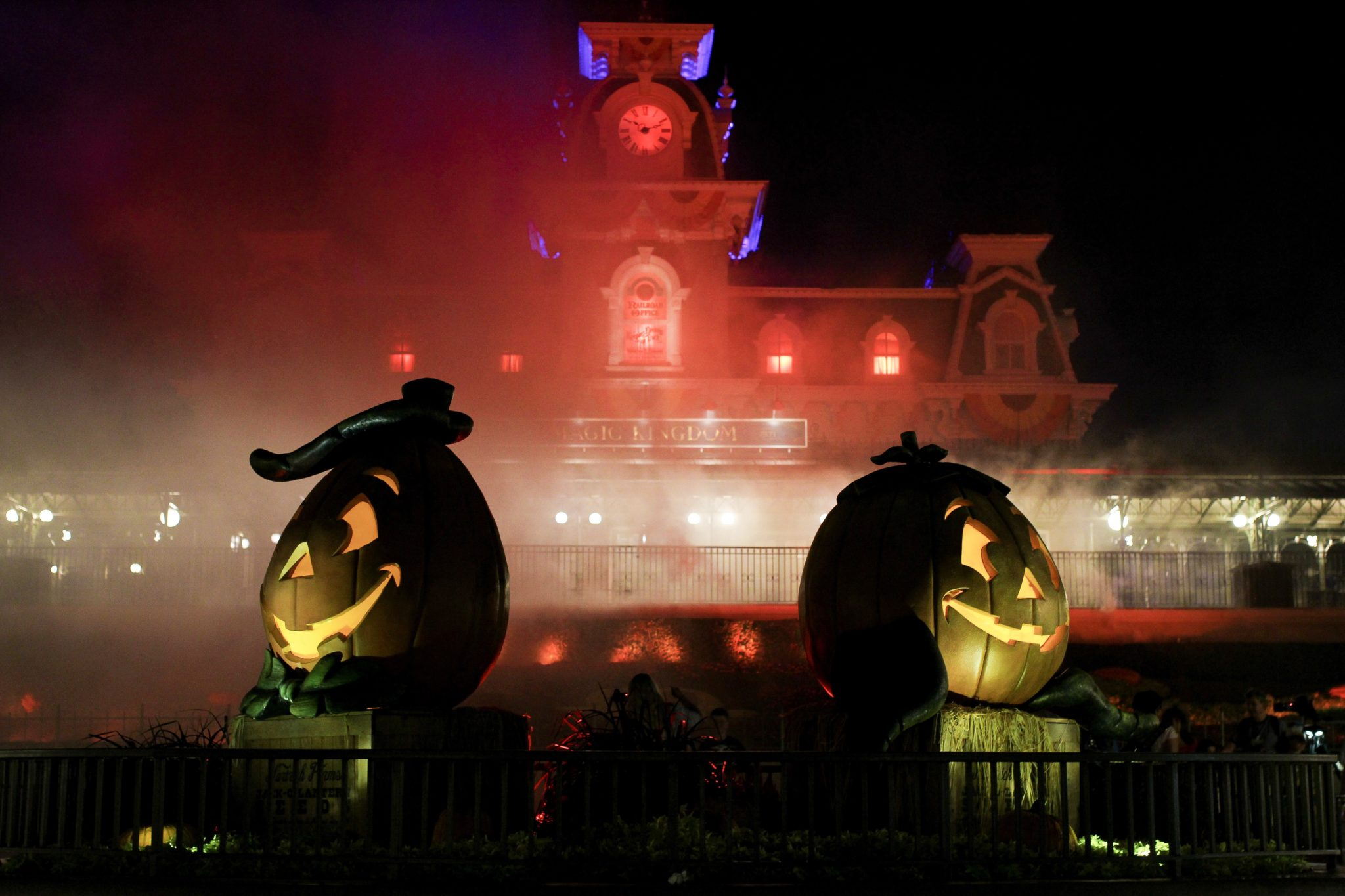 MICKEY'S NOT-SO-SCARY HALLOWEEN PARTY AT DISNEY WORLD ORLANDO