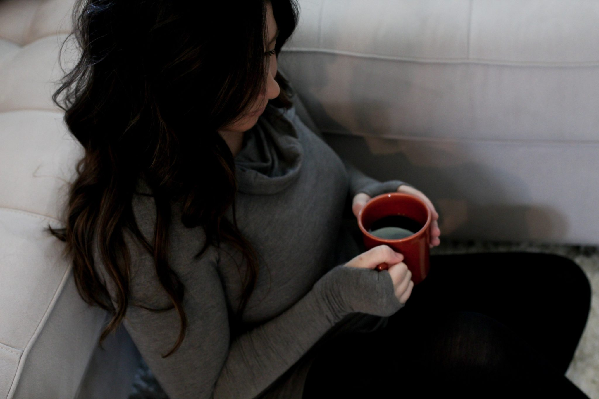 8 WAYS TO RELAX AT HOME WHILE LIVING IN LAYERS