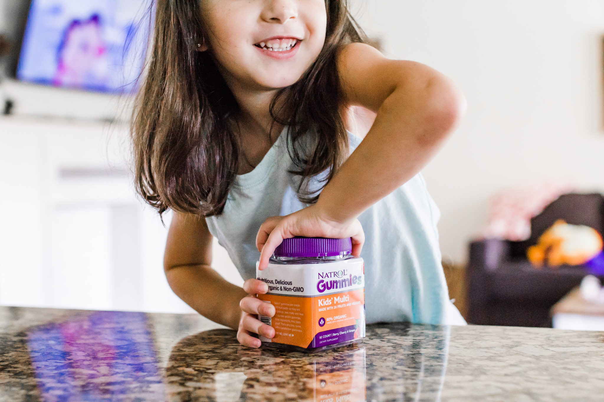 #ad #NatrolGummies made with organic ingredients, vegetarian and non-GMO. Perfect for the entire family with the men's, women's and kid's multivitamins. 5 Tips for Staying Healthy this Summer