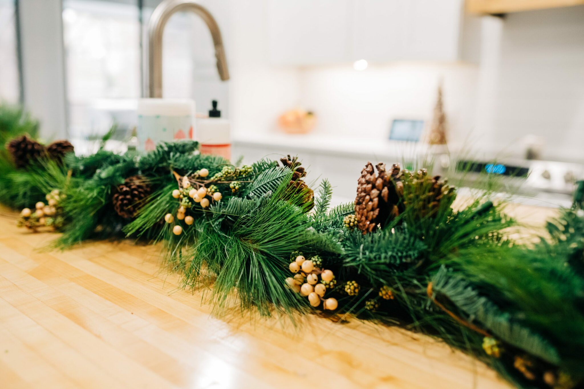 Modern Farmhouse Christmas Decor from Treetopia