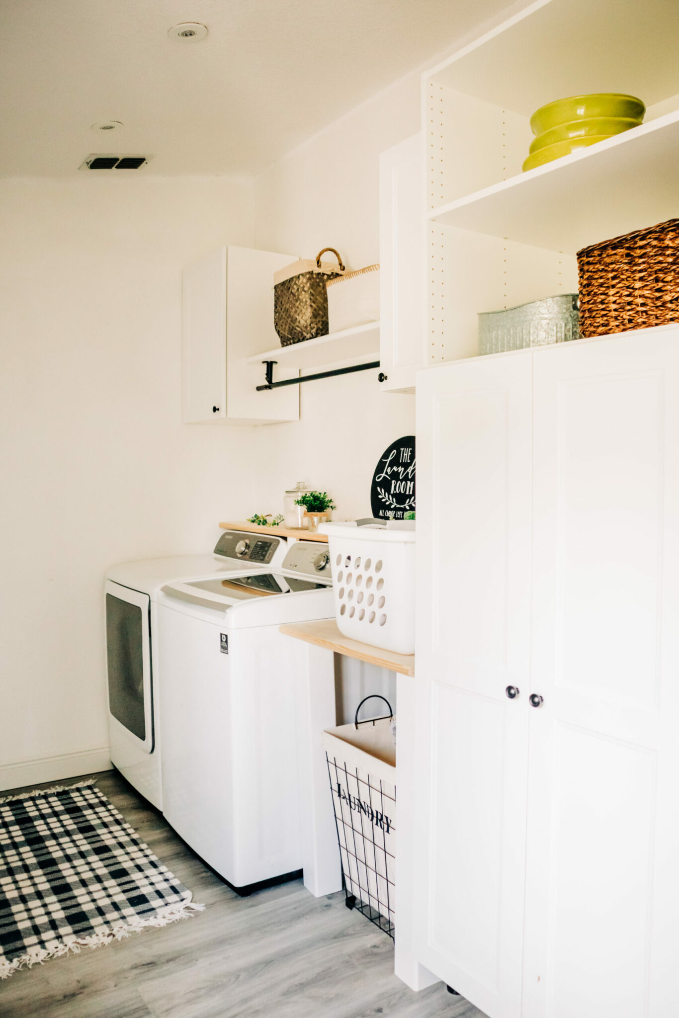 small laundry room makeover ideas, laundry room makeovers gallery,basement laundry room makeover ideas, laundry room makeovers with top loading washer, laundry room ideas, laundry room ideas on a budget, small laundry room makeover stacked washer dryer, laundry room design ideas