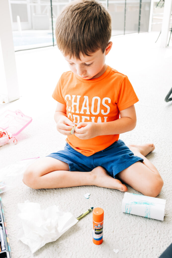 #kidscrafts #earthday Earth Day crafts for kids, seed starters, up-cycle crafts, juice box planter craft idea