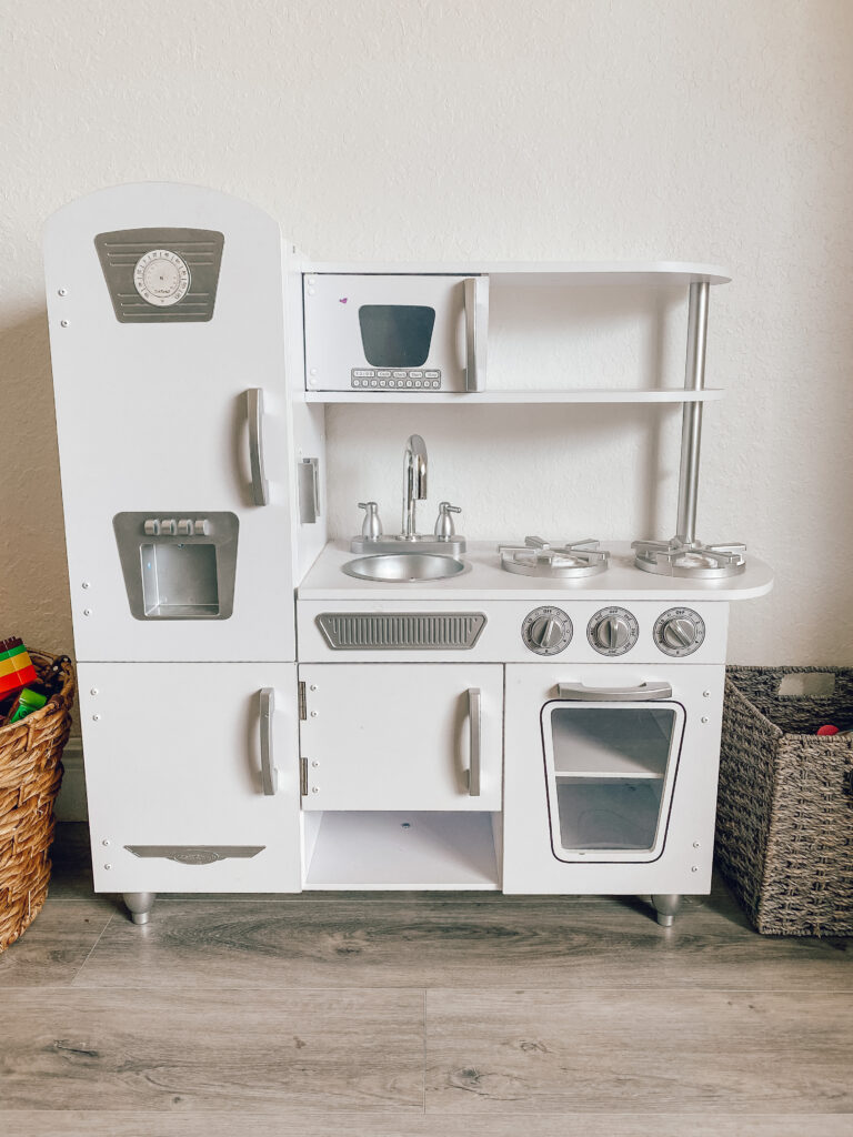 KIDKRAFT play kitchen makeover, how to give your kids play kitchen an easy and inexpensive makover
