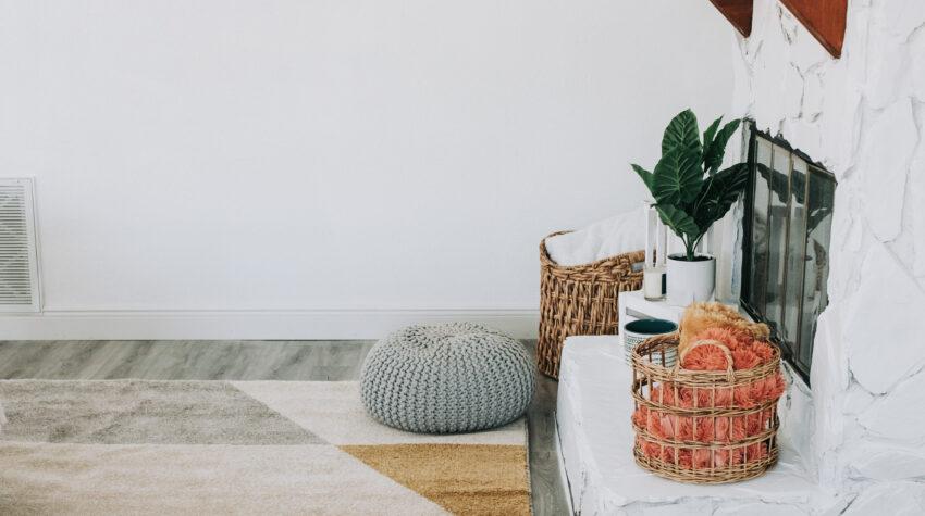 summer home decor refresh, home decor on a budget, bealls outlet home decor finds, mid century modern living room, Wayfair rug