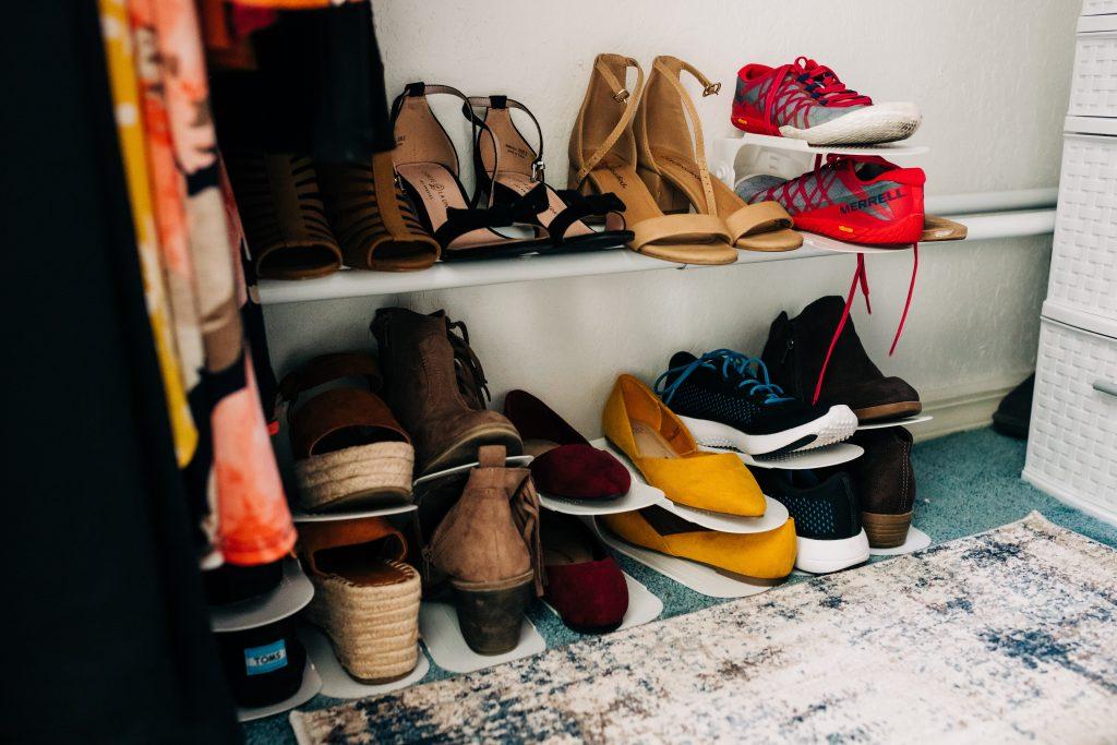 #shoestorage #closetorganization #smallcloset How to maximize your space in a small closet. Small closet organization tips.