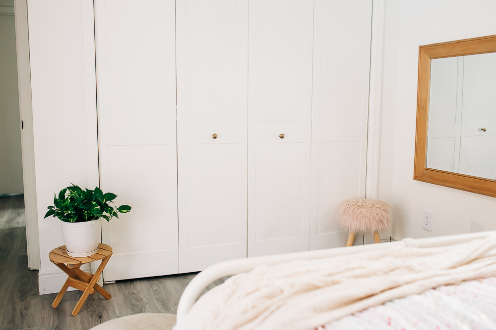 bifold door update, louvre doors, custom closet door makeover with hardboard and textured wallpaper