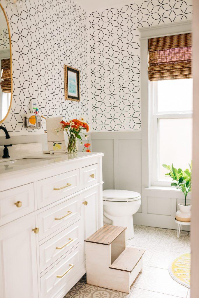summer home decor; citrus decor; bathroom decor update
