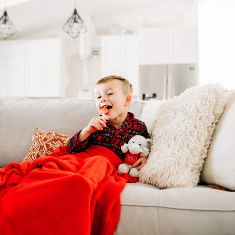 Sick Day Activities #sickday #quietactivities #preschoolactivities Tampa Lifestyle and Mom Blogger, Crazy Life with Littles shares her favorite indoor quiet activities for kids ages 3-7